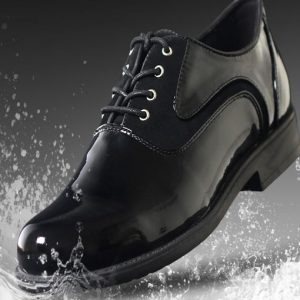 waterproof-leather-shoes-black-rain-wet